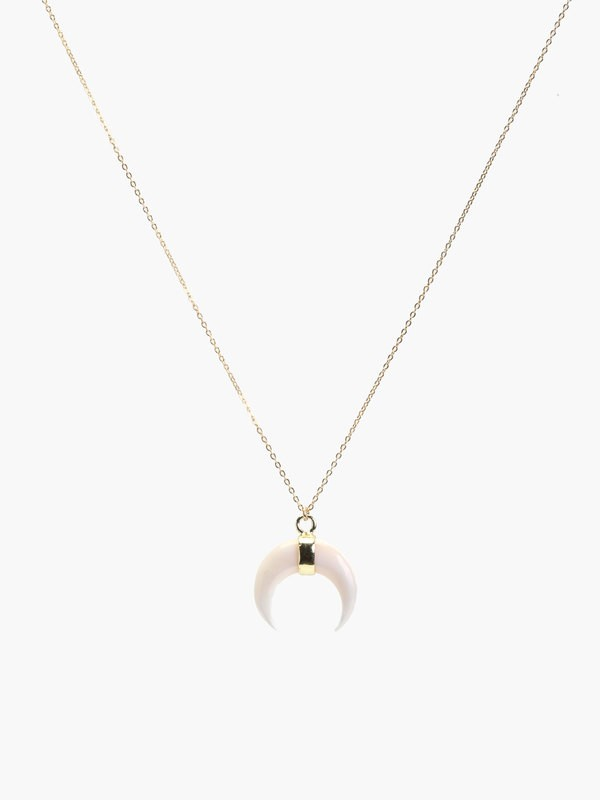 WHITE SHELL CRESCENT NECKLACE  MMN180