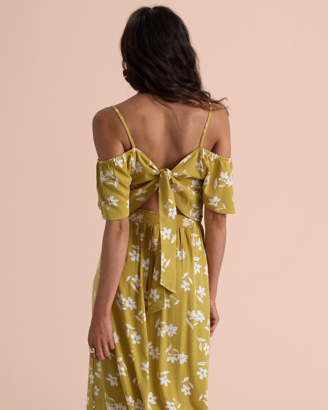 30b156353d20f 3 Sincerely Jules Life On Hold Cold Shoulder Top Yellow J527TBLI Billabong