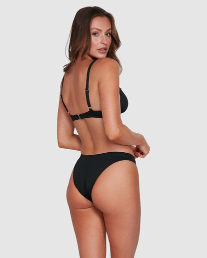 11 Sol Searcher Elongated Tri Bikini Top Black 6503704 Billabong