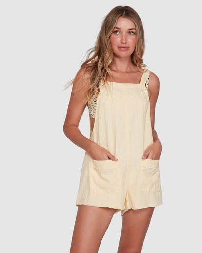 1 Girl On The Run Playsuit Yellow 6591153 Billabong