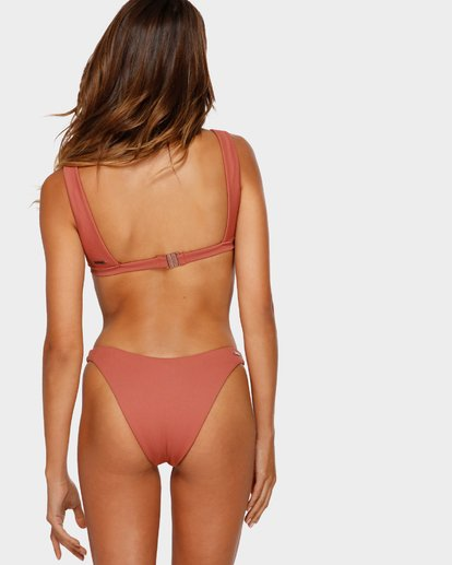 1 KISSED BY THE SUN Brown 6595858M Billabong