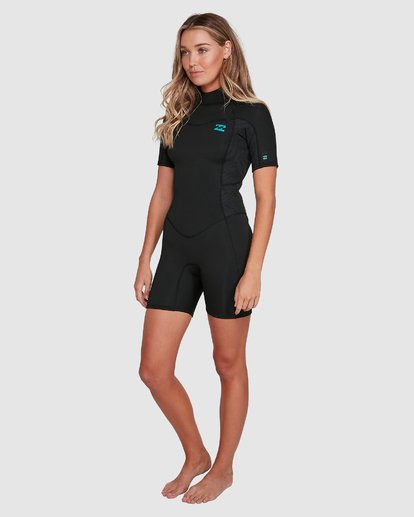 1 202 Ladies Synergy Back Zip Short Sleeve Fl Springsuit Black 6703400 Billabong