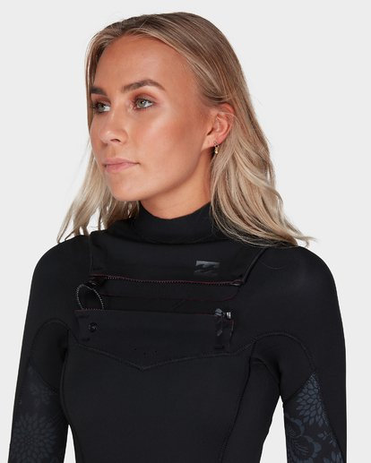 3 LADIES SYNERGY 302 CHEST ZIP FULL SUIT Black 6783818 Billabong