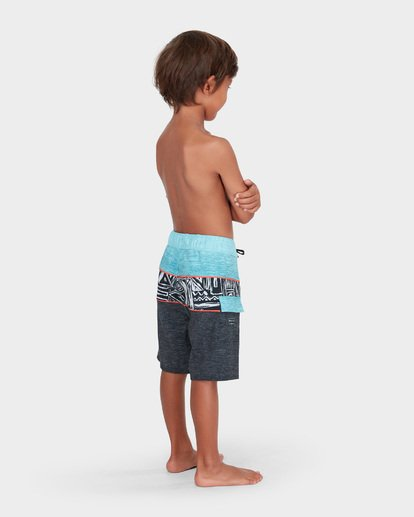 2 BOYS TRIBONG X LAYBACK BOARDSHORT  7582405 Billabong