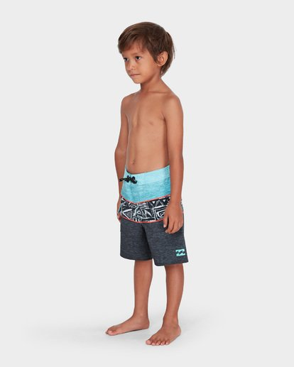 1 BOYS TRIBONG X LAYBACK BOARDSHORT  7582405 Billabong