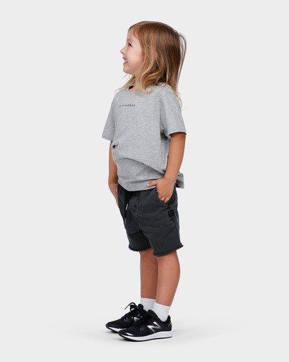 1 BOYS RUNAROUND ELASTIC CUTOFFS WALKSHORT  7585701 Billabong