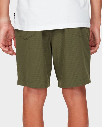 5 Boys Surftrek Perf Shorts Green 8592717 Billabong
