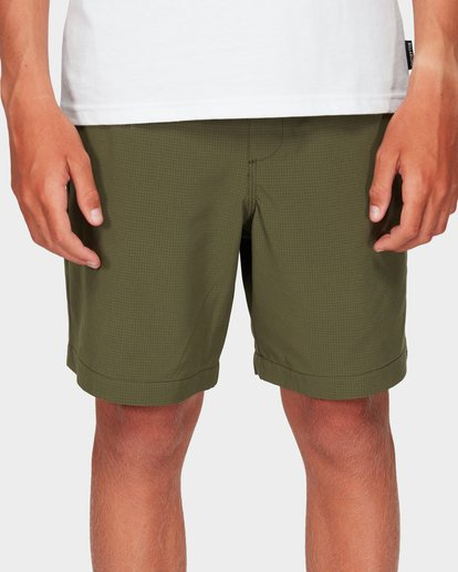 3 Boys Surftrek Perf Shorts Green 8592717 Billabong