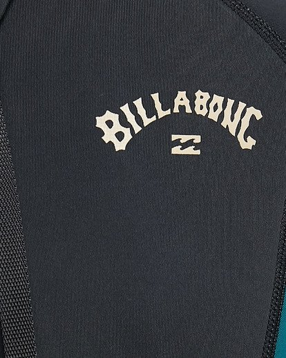 13 Boys 2/2 Absolute Flatlock Back Zip Short Sleeve Springsuit Black 8703400 Billabong
