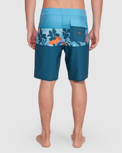 10 Tribong Pro Boardshorts Orange 9503408 Billabong