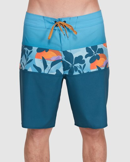 2 Tribong Pro Boardshorts Orange 9503408 Billabong