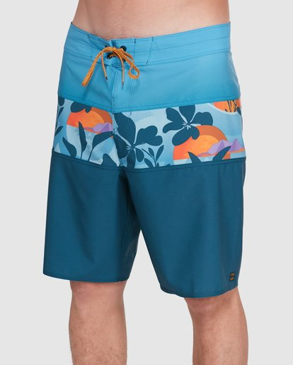 3 Tribong Pro Boardshorts Orange 9503408 Billabong