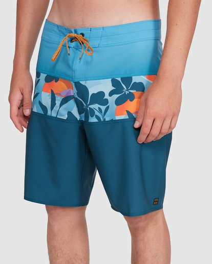 6 Tribong Pro Boardshorts Orange 9503408 Billabong