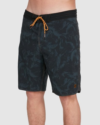3 73 Lt Boardshorts Black 9503422 Billabong