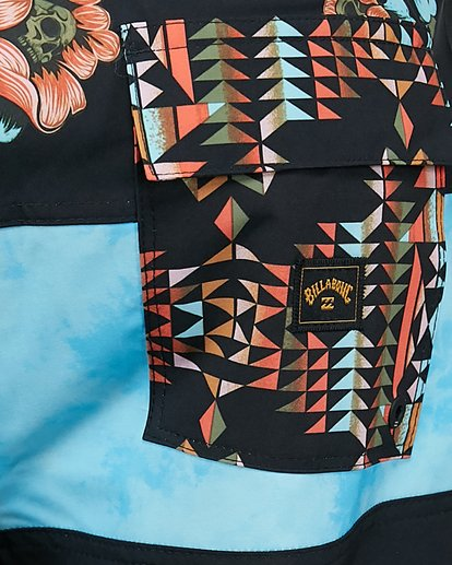 12 Tribong Pro Boardshorts Black 9504407 Billabong