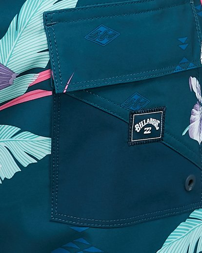 12 Sunday Pro Boardshorts Blue 9504408 Billabong