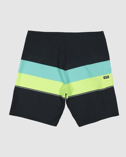 1 Momentum Airlite Boardshorts Black 9507403 Billabong