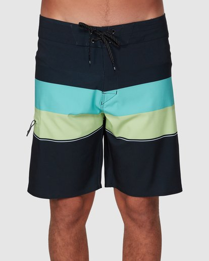 2 Momentum Airlite Boardshorts Black 9507403 Billabong