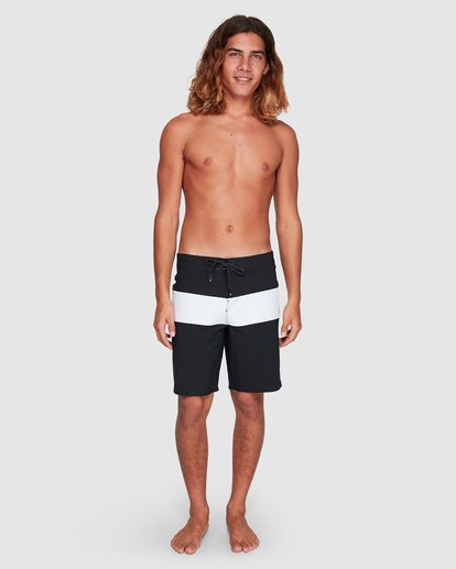 5 Tribong Pro Solid Boardshorts Black 9507428 Billabong