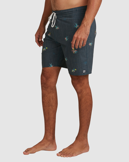 3 Sundays Mini Pro Boardshorts Purple 9508407 Billabong