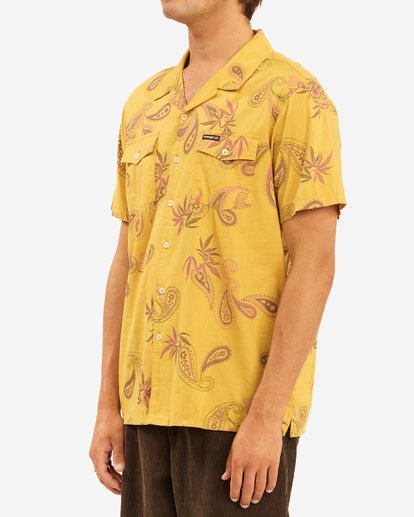 3 Wrangler Hazy Paisley Vacay Short Sleeve Shirt Yellow 9513203 Billabong