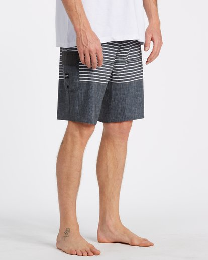 8 All Day Heather Stripe Pro Boardshorts Black 9517445 Billabong