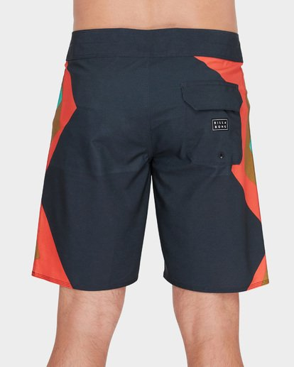 "4 DUME AIRLITE 19"" BOARDSHORTS Red 9582402 Billabong"