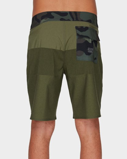 4 TRIBONG HEATHER AIRLITE BOARDSHORTS Green 9591403 Billabong