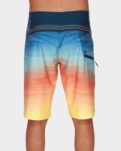 4 Fluid Pro Boardshorts Blue 9591405 Billabong