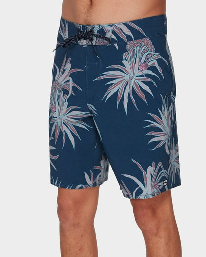 3 SUNDAYS PRO BOARDSHORTS Blue 9591406 Billabong