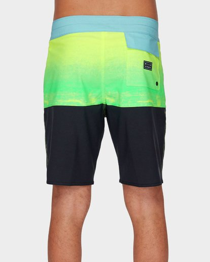 4 FIFTY50 FADE PRO BOARDSHORTS Green 9591408 Billabong
