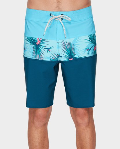 2 TRIBONG PRO BOARDSHORTS Blue 9591421 Billabong