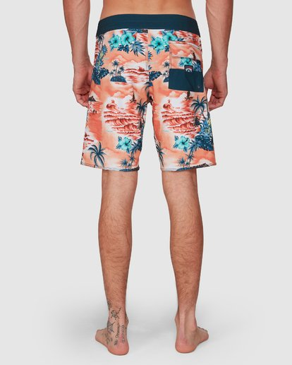 10 SUNDAYS AIRLITE HI BOARDSHORTS Orange 9591440M Billabong