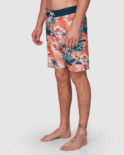 9 SUNDAYS AIRLITE HAWAII BOARDSHORTS Orange 9591440M Billabong