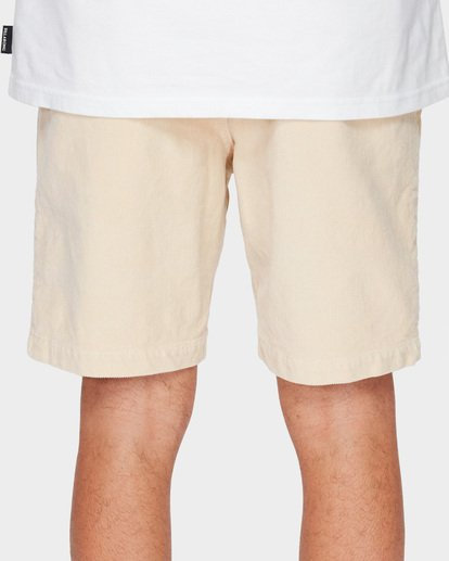 7 LARRY LAYBACK CORD WALKSHORTS Beige 9591716 Billabong