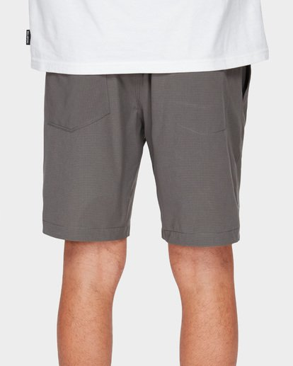 7 SURFTREK PERF ELASTIC SHORTS Grey 9591717 Billabong
