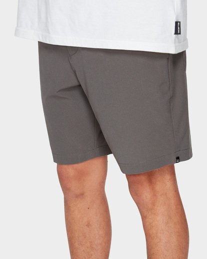 6 SURFTREK PERF ELASTIC SHORTS Grey 9591717 Billabong