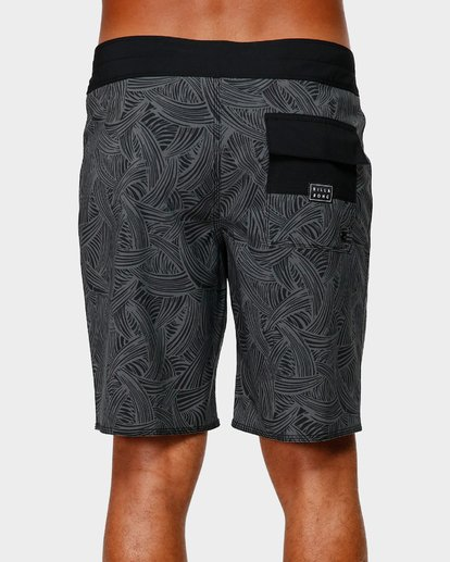 4 SUNDAYS PRO BOARDSHORTS Black 9592405 Billabong