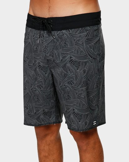 3 SUNDAYS PRO BOARDSHORTS Black 9592405 Billabong