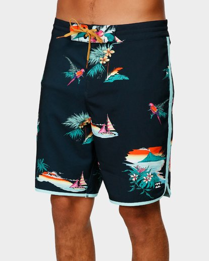 3 73 LINEUP LT BOARDSHORTS Black 9592417 Billabong