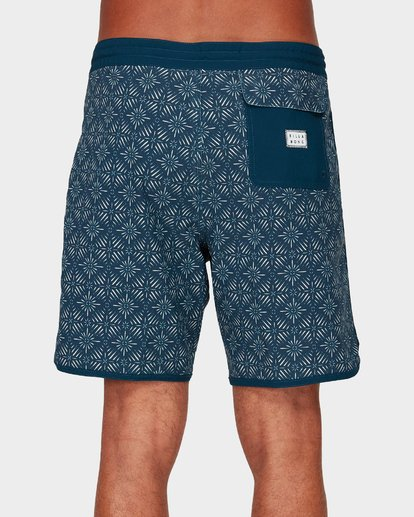 4 73 BARRA BOARDSHORTS Purple 9592420 Billabong