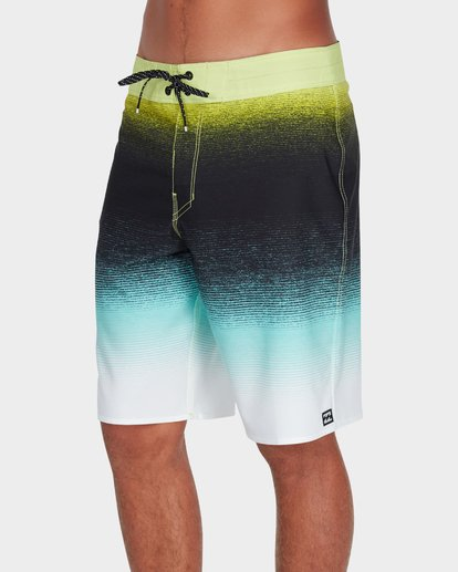 "1 Fluid Airlite 20"" Boardshorts Green 9595401 Billabong"