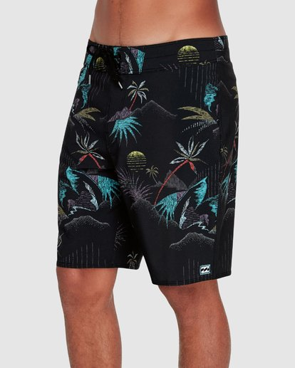 "3 SUNDAYS PRO 18"" BOARDSHORTS Black 9595405 Billabong"