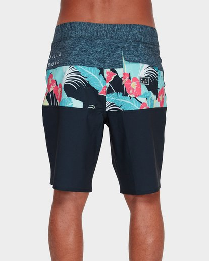 "2 TRIBONG PRO 19"" BOARDSHORT  9595406 Billabong"