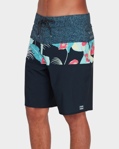 "1 TRIBONG PRO 19"" BOARDSHORT  9595406 Billabong"