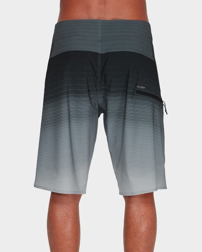 "4 FLUID PRO 21"" BOARDSHORTS Grey 9595410 Billabong"