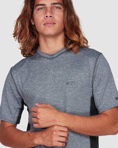 3 Arch Mesh Loose Fit Short Sleeve Rash Vest Grey 9707518 Billabong