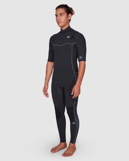 6 202 Revolution Pro Chest Zip Short Sleeve Fullsuit Black 9707902 Billabong