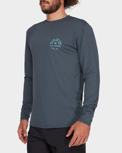 4 TRIPLE THREAT LONG SLEEVE RASH VEST Grey 9782004 Billabong