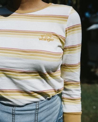 0 Wrangler Going Retro Long Sleeve T-Shirt Yellow ABJKT00237 Billabong